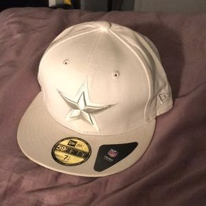 White fitted cap